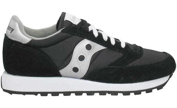 Сейчас на ногах фанатов кроссовок чаще заметишь модели Shadow Originals или  Shadow 6000 0aad576f75189