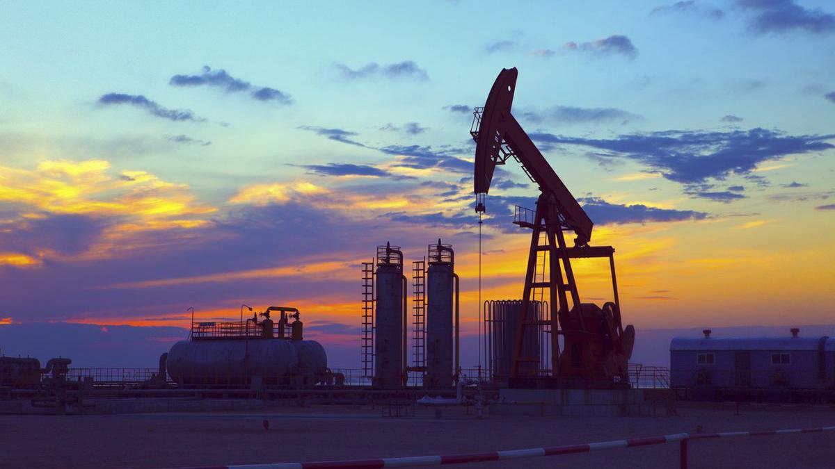 24 фев 2014. Посмотрите как качается нефть на нефтяной вышке в жанаозени, новойузени в мангистауской области ведете бизнес в актау, тогда.